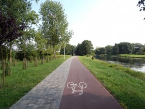 cycle-route-397723__340
