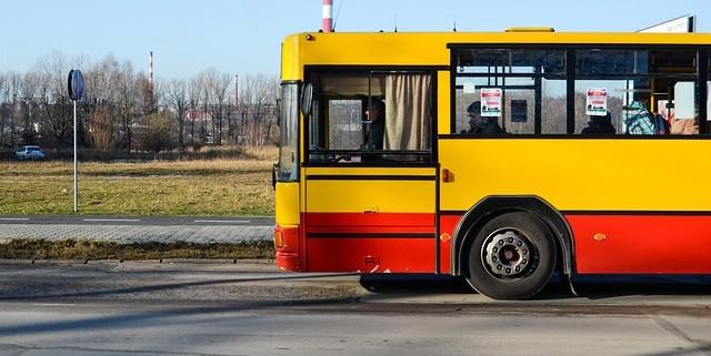 bus-427960_640
