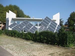 solar-panels-538114__340