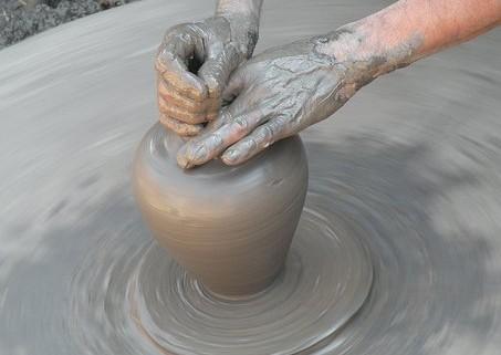 clay-2556725__340